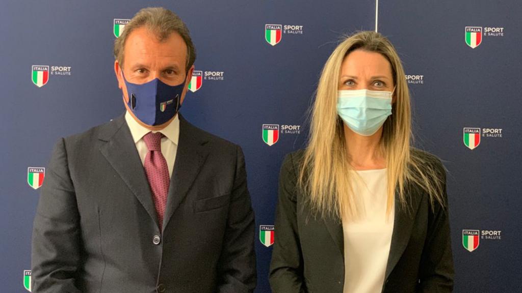 Il presidente e AD Sport e Salute Vito Cozzoli e il sottosegretario alla presidenza del Consiglio Ministri Valentina Vezzali