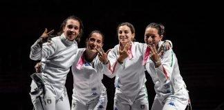 La squadra femminile di spada (foto Augusto Bizzi)